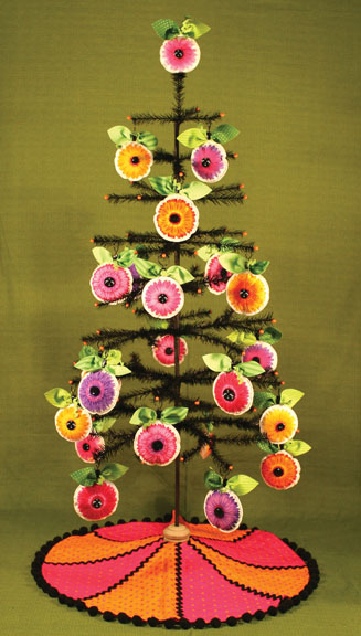 Vibrant Spring Daisy Ornaments Tree Skirt Pattern By Artful
