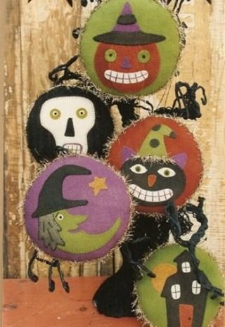 Woolen Halloween Ornies Wool Applique Pattern By