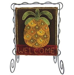 Bitty Banner Wool Applique - March Kit