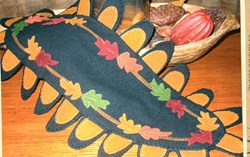 Falling Leaves Topper Penny Rug Wool Pattern