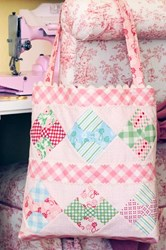Lizzie Anne Bag by Anne Sutton of Bunny Hill Designs