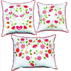 From the Heart Applique Pillows Patterns by Kellie Wulfsohn for Don't Look Now!