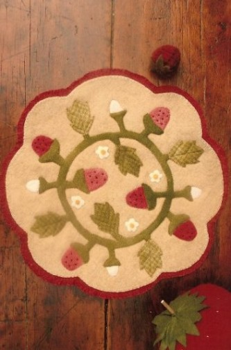 Strawberries Amp Cream Wool Applique Pattern By Buttermilk