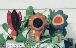 Bloomin' Pinkeepers Kits by Lakeview Primitives