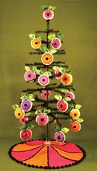 Vibrant Spring Daisy Ornaments & Tree Skirt Pattern