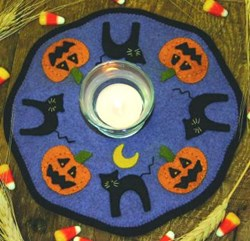 Little Stitchies Halloween Candle Mat Pattern
